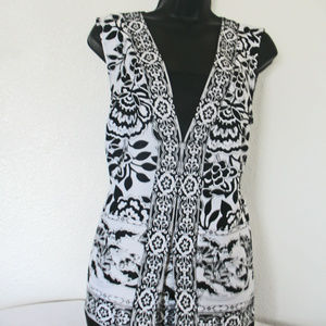 JM Collection Black & White Blouse